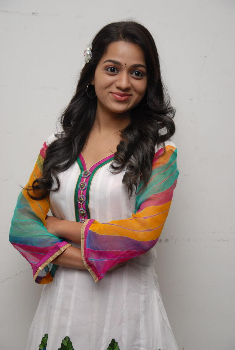 Reshma Looked Marvelous In White Dress At CCC 2012 Curtain Raiser Press Meet