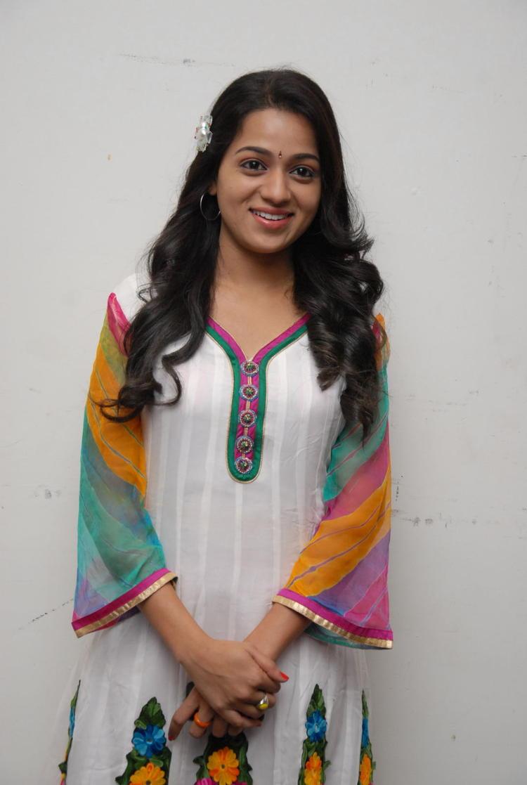 Reshma In Salwar Kameez At CCC 2012 Curtain Raiser Press Meet