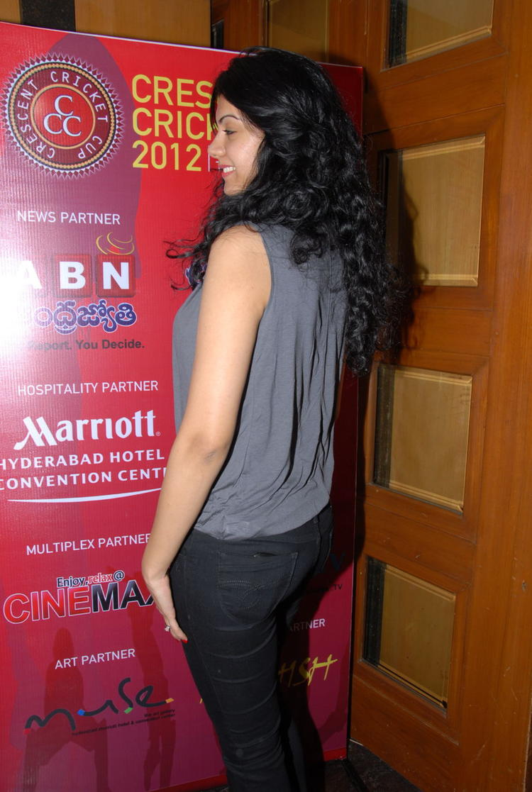 Kamna Photo Clicked At Crescent Cricket Cup 2012 Press Meet