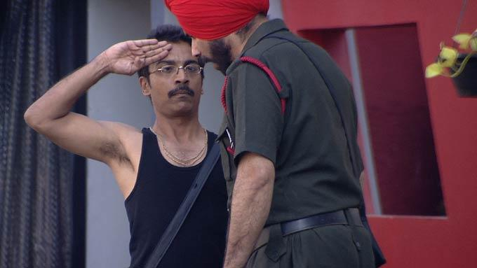 Vrajesh With Sidhu Photo From Bigg Boss 6 House