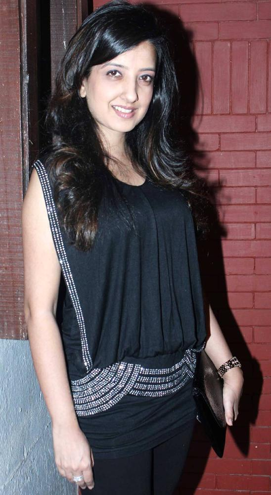 Amy Billimoria Dazzles At The Launch Of Sara Khan Production House
