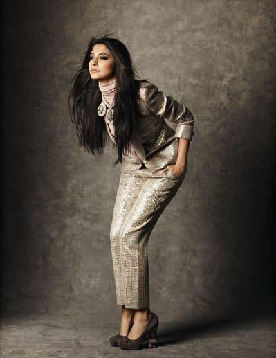 Anushka Elegant Look Photo Shoot For Marie Claire India Dec 2012 Edition
