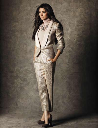 Anushka Glamorous Look Photo For Marie Claire India Dec 2012 Edition