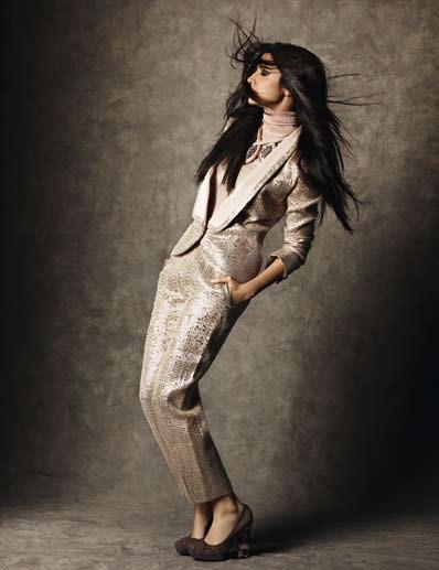 Anushka Nice Pose Photo Shoot For Marie Claire India Dec 2012 Edition