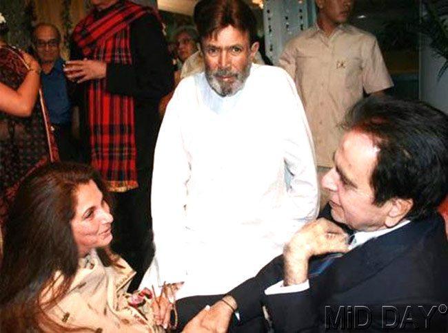 Dilip Kumar,Late Rajesh Khanna With Wife Dimple Kapadia Nice Photo