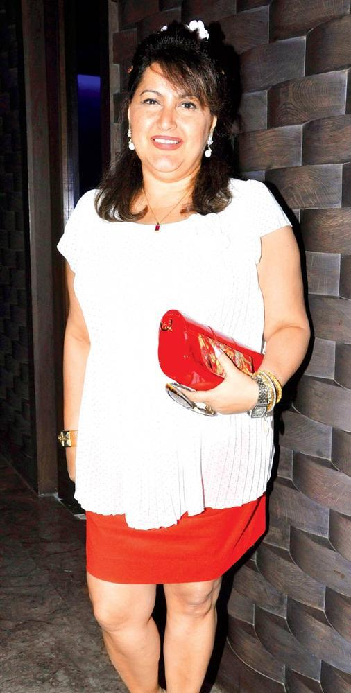 Raell Padamsee Adds A Dash Of Red Colour At Priyanka Thakur Wedding Anniversary