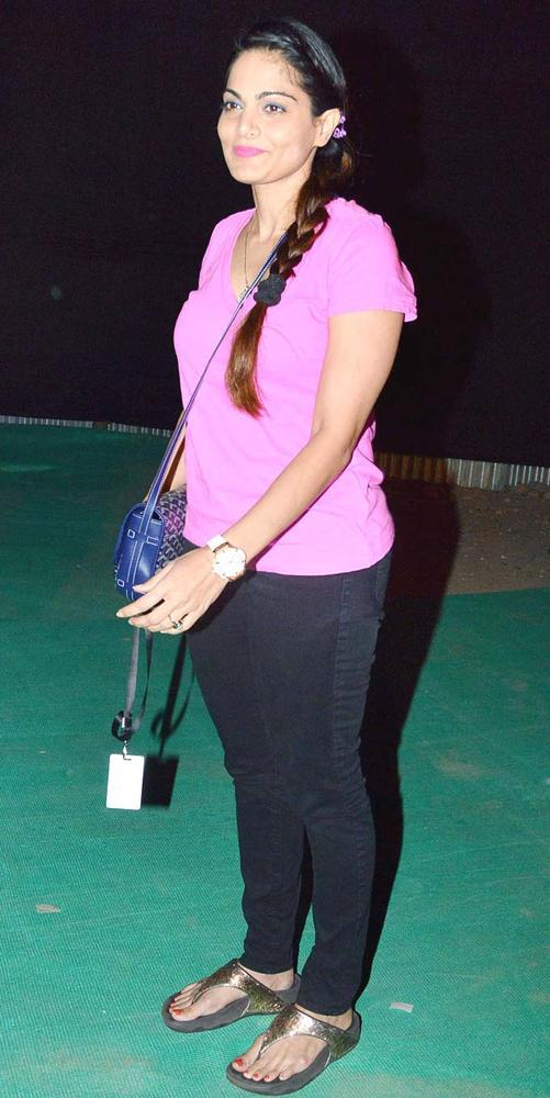 Alvira Agnihotri Smiling Pose At Guns N Roses Concert