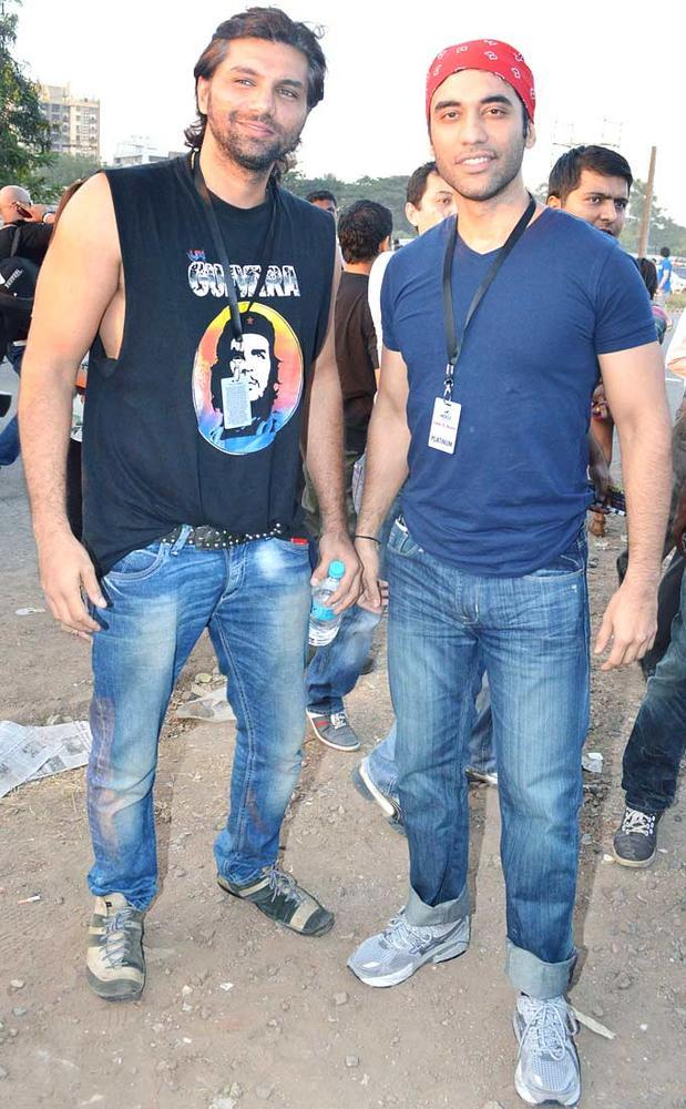TV Actors Chetan Hansraj And Kushaal Paunjabi Clicked At Guns N Roses Concert