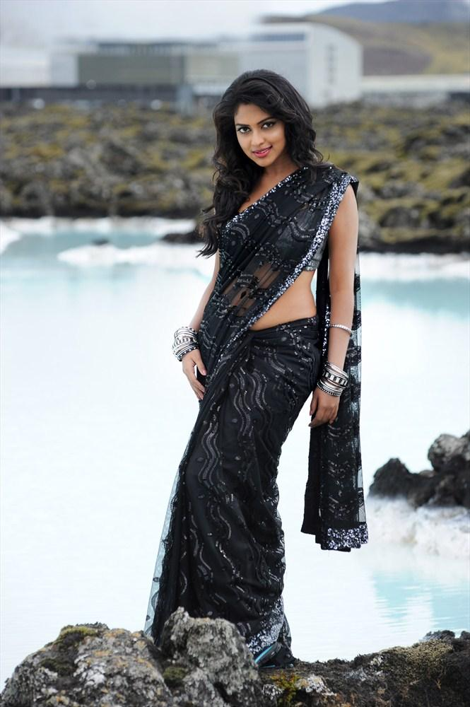Amala Paul Beautiful Look In Black Saree Still