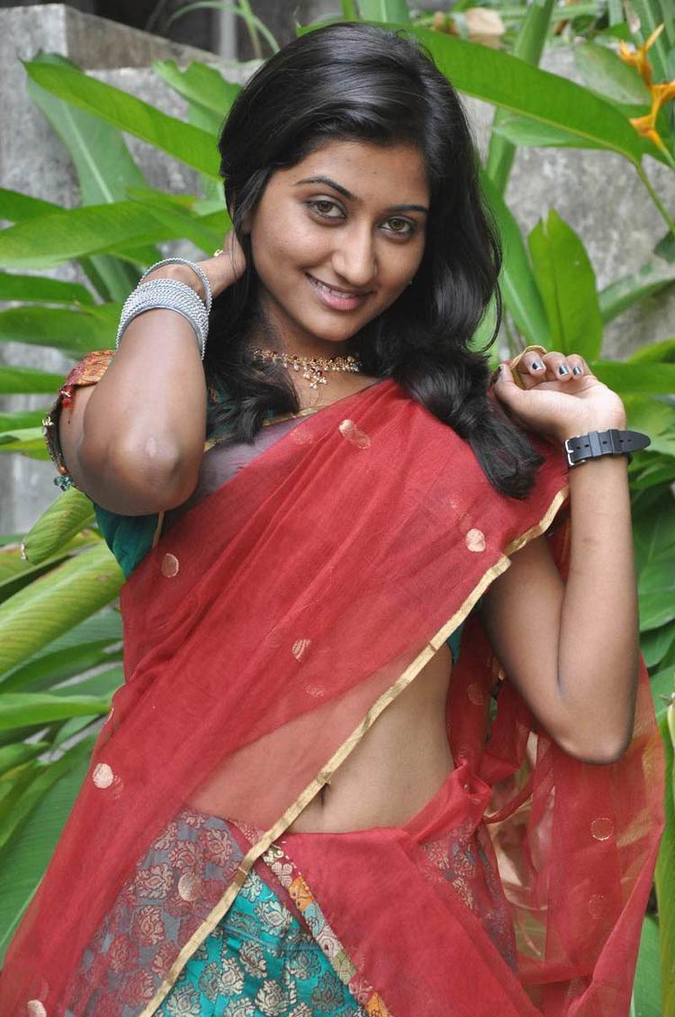 Sri Vidya Cool Look Still