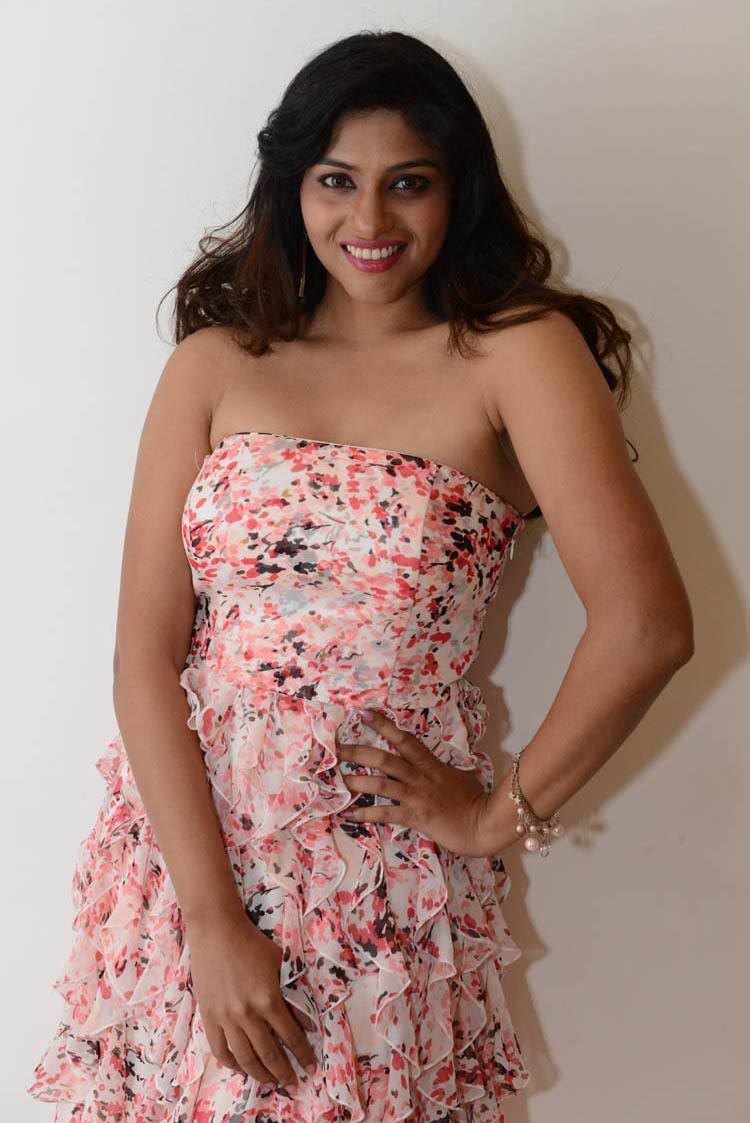 Lakshmi In Strapless Printed Dress Sexy Look At Shivani Audio Release Function