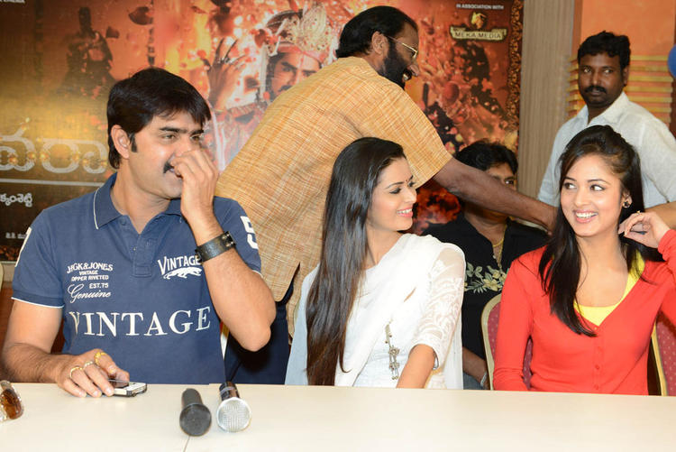 Srikanth,Meenakshi And Vidisha Snapped During Devaraya Movie Success Meet