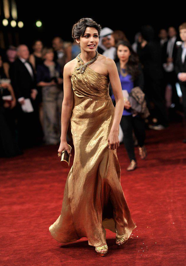 Frieda Nice Look With Cute Smiling Photo At The Screening Of Life Of Pi At Dubai International Film Festival