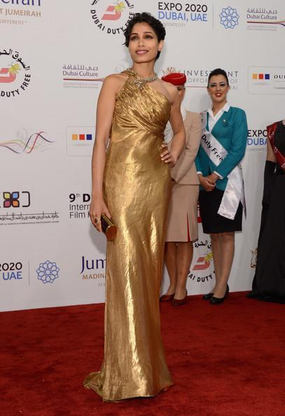 Frieda Looked Sizzling In A Golden Gown At The Screening Of Life Of Pi At Dubai International Film Festival