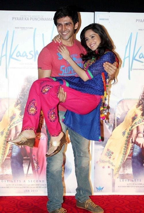 Kartik Lift Nushrat On The First Look Launch Of Movie Aksh Vani