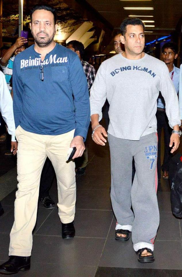 Salman With Bodyguard Shera Nice Still After Returning From Dubai