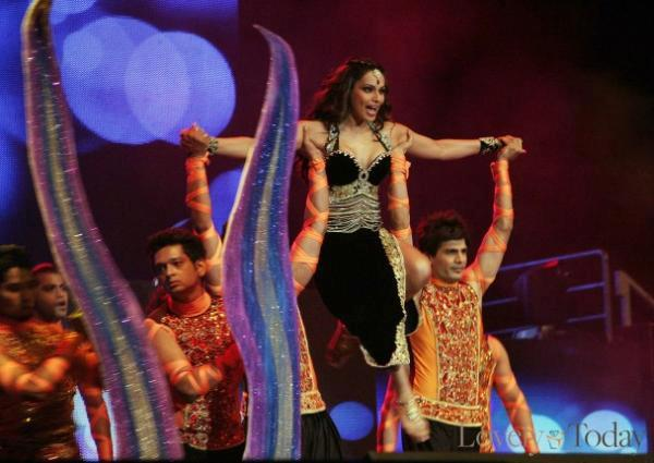 Bipasha Basu Performed At The Temptation Reloaded Concert