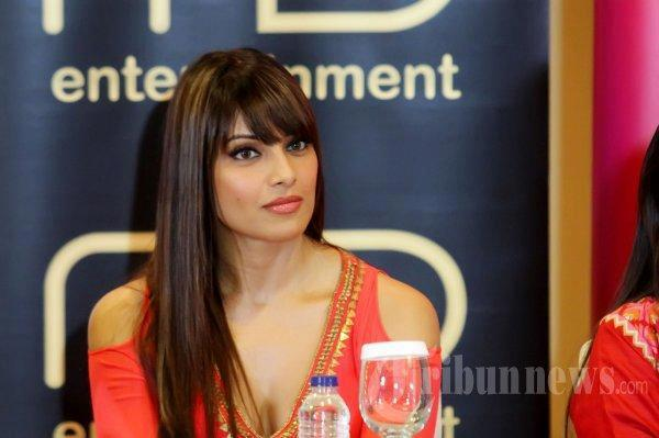 Bipasha Basu Spotted At The Temptation Reloaded Concert