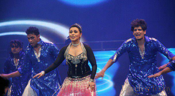 Rani Mukherjee Rocked In Stage At The Temptation Reloaded Concert