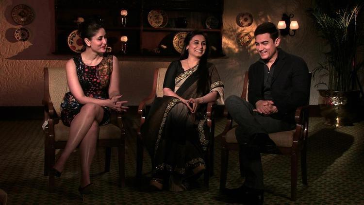 Kareena,Rani And Aamir Nice Smile Photo At The Front Row Show With Anupama