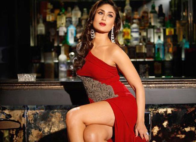 Kareena Looked Ravishing In A Red Ensemble In Movie Talash