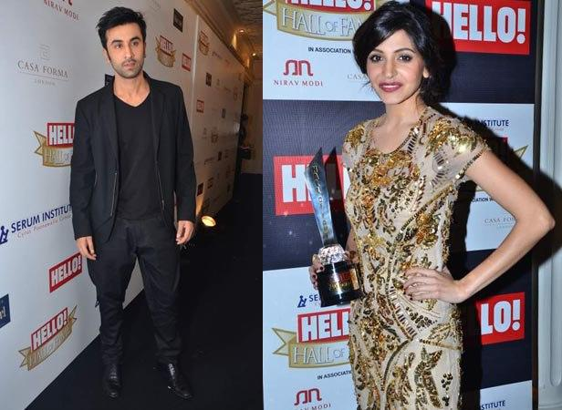 Ranbir  And Anushka With Trophy Photo Clicked At Hello! Magazine Event