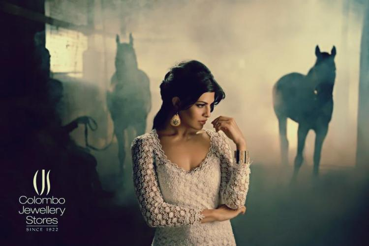 Jacqueline Fernandez Cute Sexy Pose Photo Ad For Colombo Jewellery