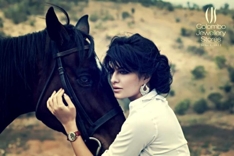 Jacqueline Fernandez Glamorous Look Photo Ad For Colombo Jewellery