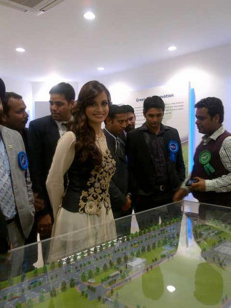 Dia Mirza Smiling Still At The PanasonicIndia Technopark Launch