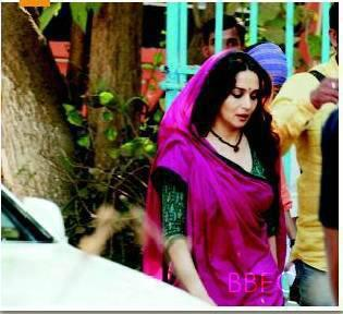 Madhuri Dixit Traditional Look On The Sets Of Gulaab Gang Movie