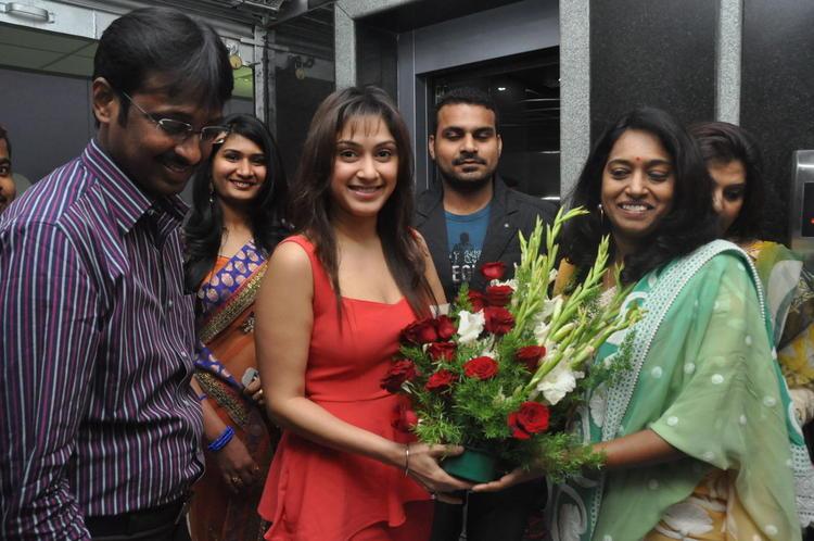 Manjari Arrived At Naturals Salon At Vijayawada
