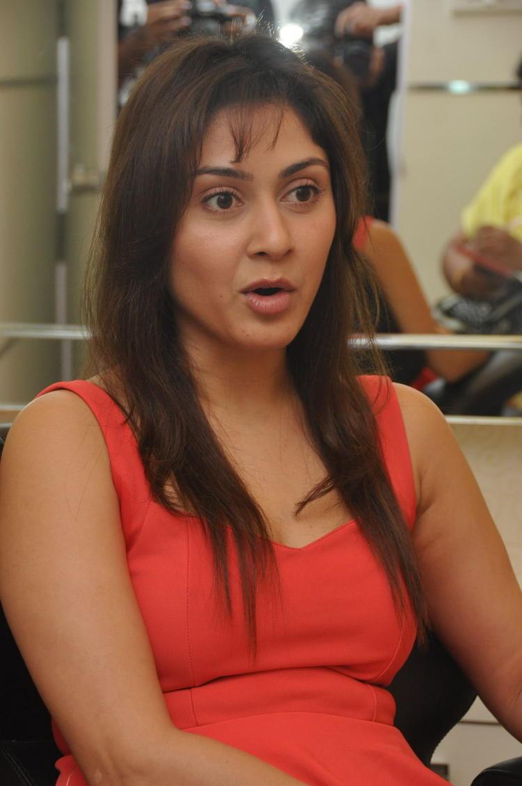 Manjari Looked Superb In A Red Mini Dress At Naturals Salon At Vijayawada