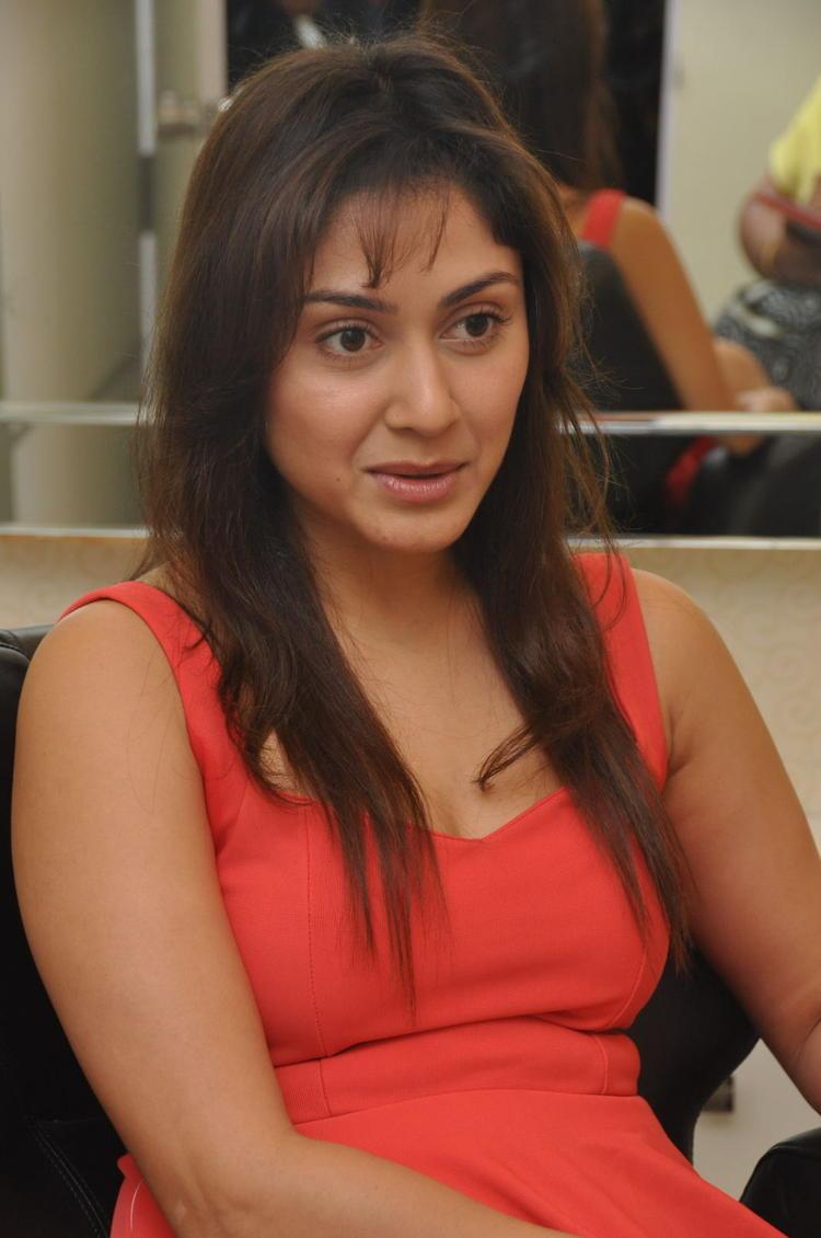 Manjari Snapped At Naturals Salon At Vijayawada