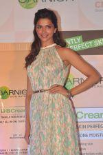 Deepika Padukone Posed For Camera At Garnier Cream Launch Event