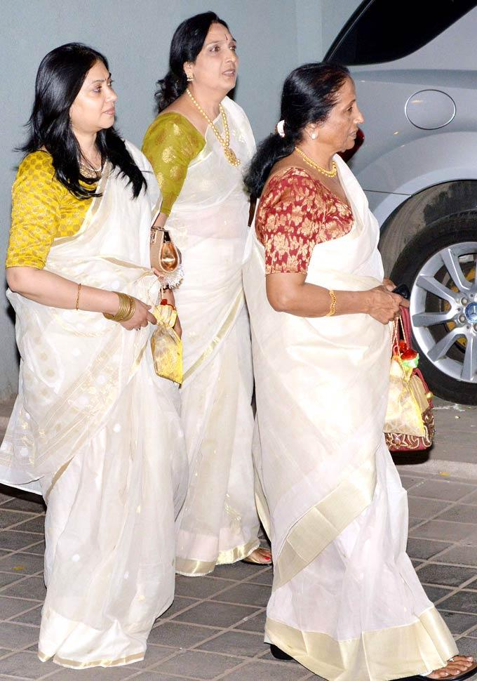 Family Members Snapped At Vidyas Mehendi Ceremony