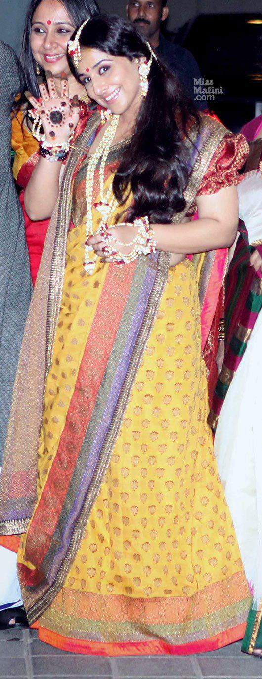Vidya Balan Smiling Still At Her Mehendi Ceremony