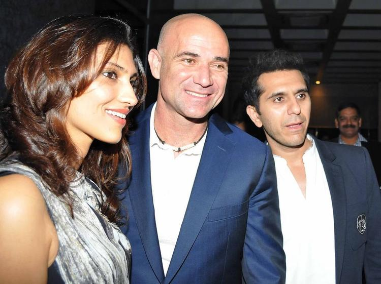 Andre Agassi Smiling Still At Dinner Party In Honour Of Andre Agassi