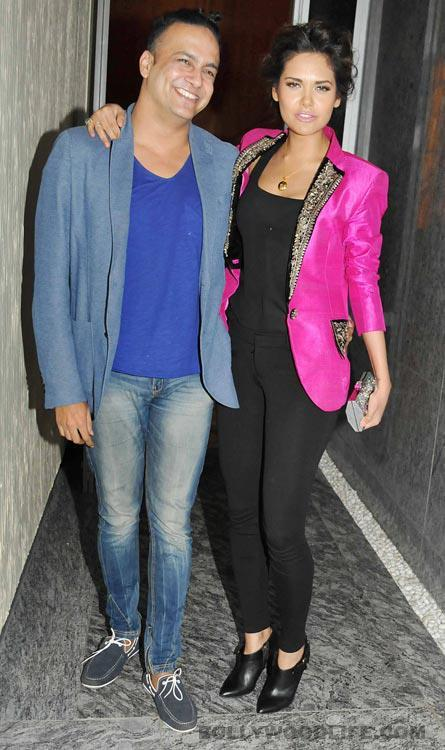 Esha Gupta With A Friend At Dinner Party In Honour Of Andre Agassi