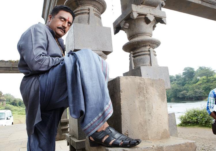 Prakash Raj  Angry Look In Movie Dabangg 2