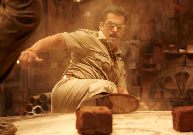 Salman Khan In Action Style Photo From Movie Dabangg 2