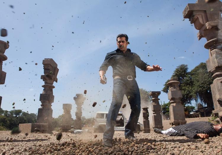 Salman Khan Latest Photo From Movie Dabangg 2