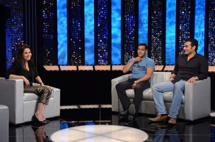 Anupama With Salman And Arbaaz  Snapped On The Front Row Show