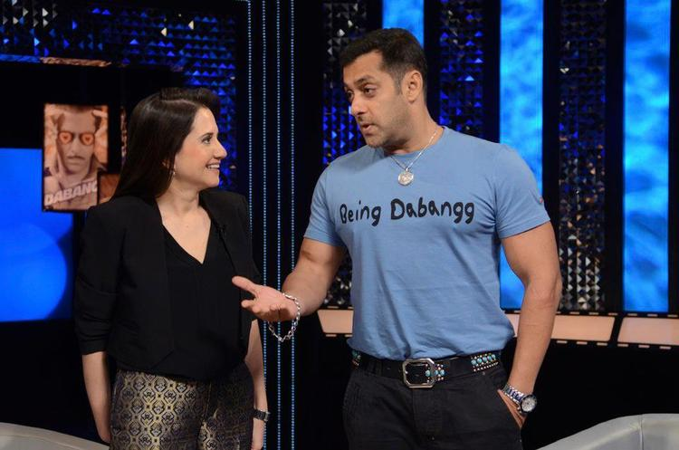 Salman Spotted On The Front Row Show With Anupama Chopra
