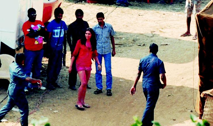 Deepika Padukone Spotted On The Sets Of Ram Leela