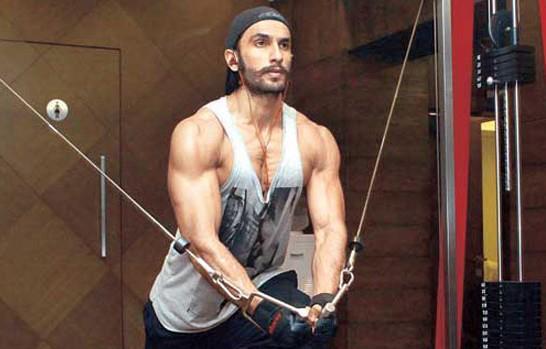 Ranveer Singh Exersise Phot Clicked On The Sets Of Ram Leela