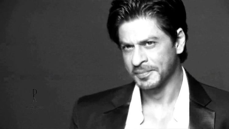 Shahrukh Dashing Look Photo Shoot For Le City Deluxe Magazine