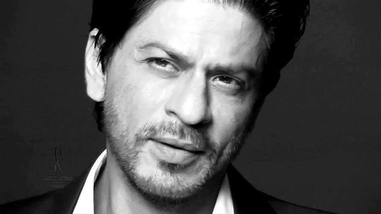 Shahrukh Khan Photo Shoot For Le City Deluxe Magazine