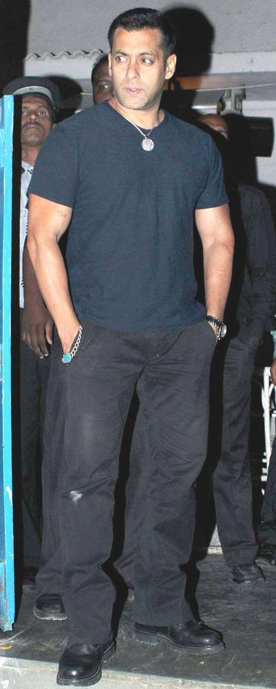 Big Brother Salman Was Spotted At Alvira Khan Birthday Bash