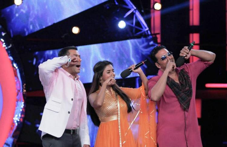 Akshay,Salman And Asin On The Sets Of Bigg Boss 6