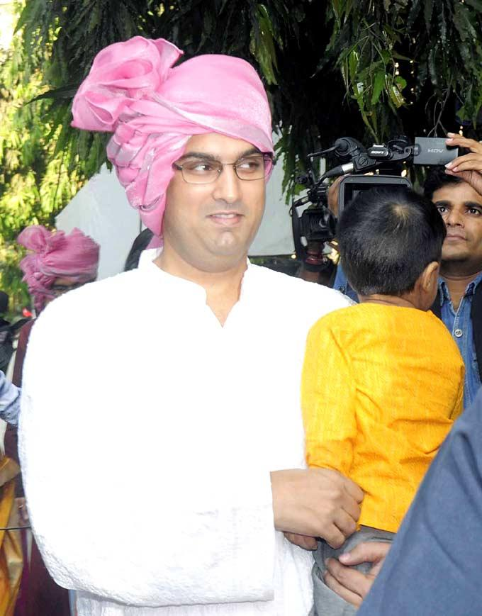 Kunaal Roy Kapur Attend His Brother Wedding Ceremony In Bandra